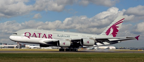 qatar-airways-inaugural-a380-lands-at-lhr-2