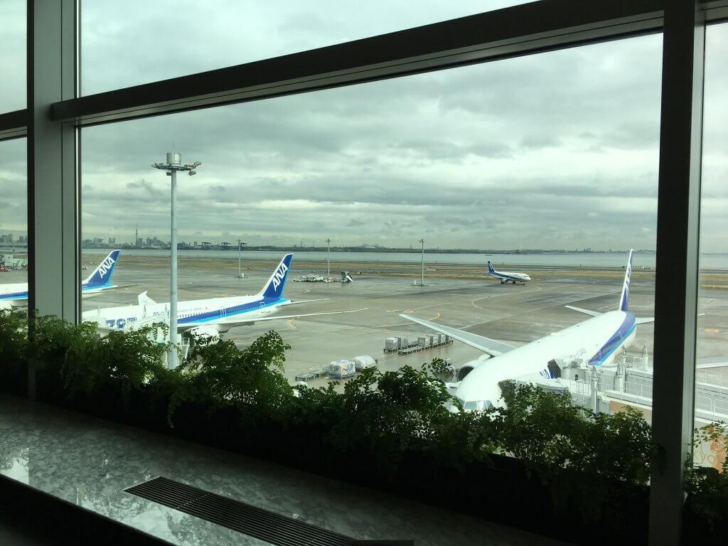 羽田空港(HND)ANA Suiteラウンジ(国内線)のWifiスピードチェック