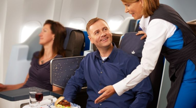 KLMオランダ航空(KL)の好きなときに頼める機内食「Anytime For You」が関空(KIX)線でも提供開始