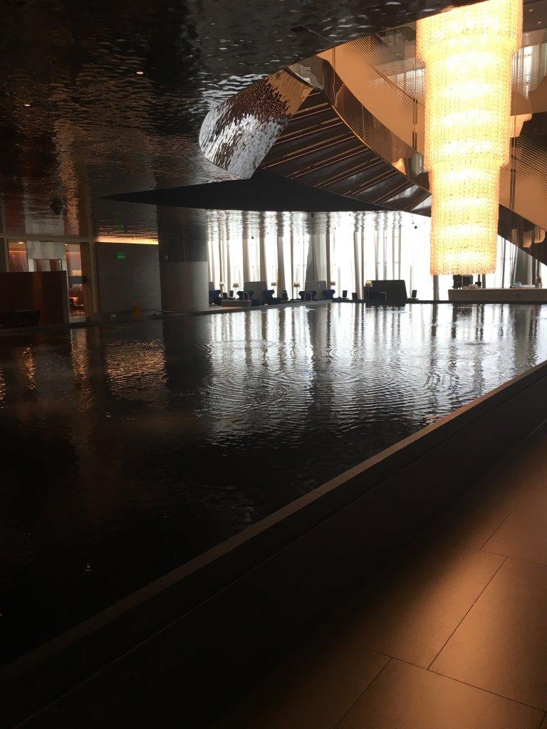 Lounge Review : ドーハ空港(DOH) カタール航空(QR)アルムルジャン(Almourjan)ビジネスクラスラウンジ