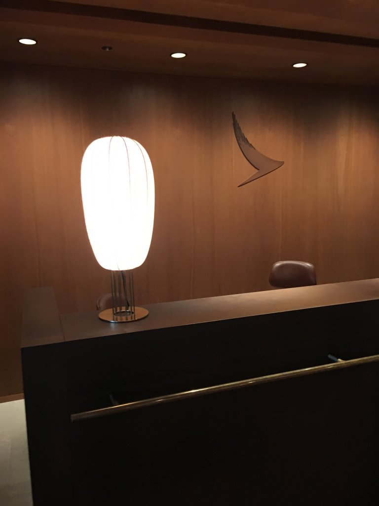 Lounge Review : 羽田空港(HND) キャセイパシフィック航空(CX)ラウンジ