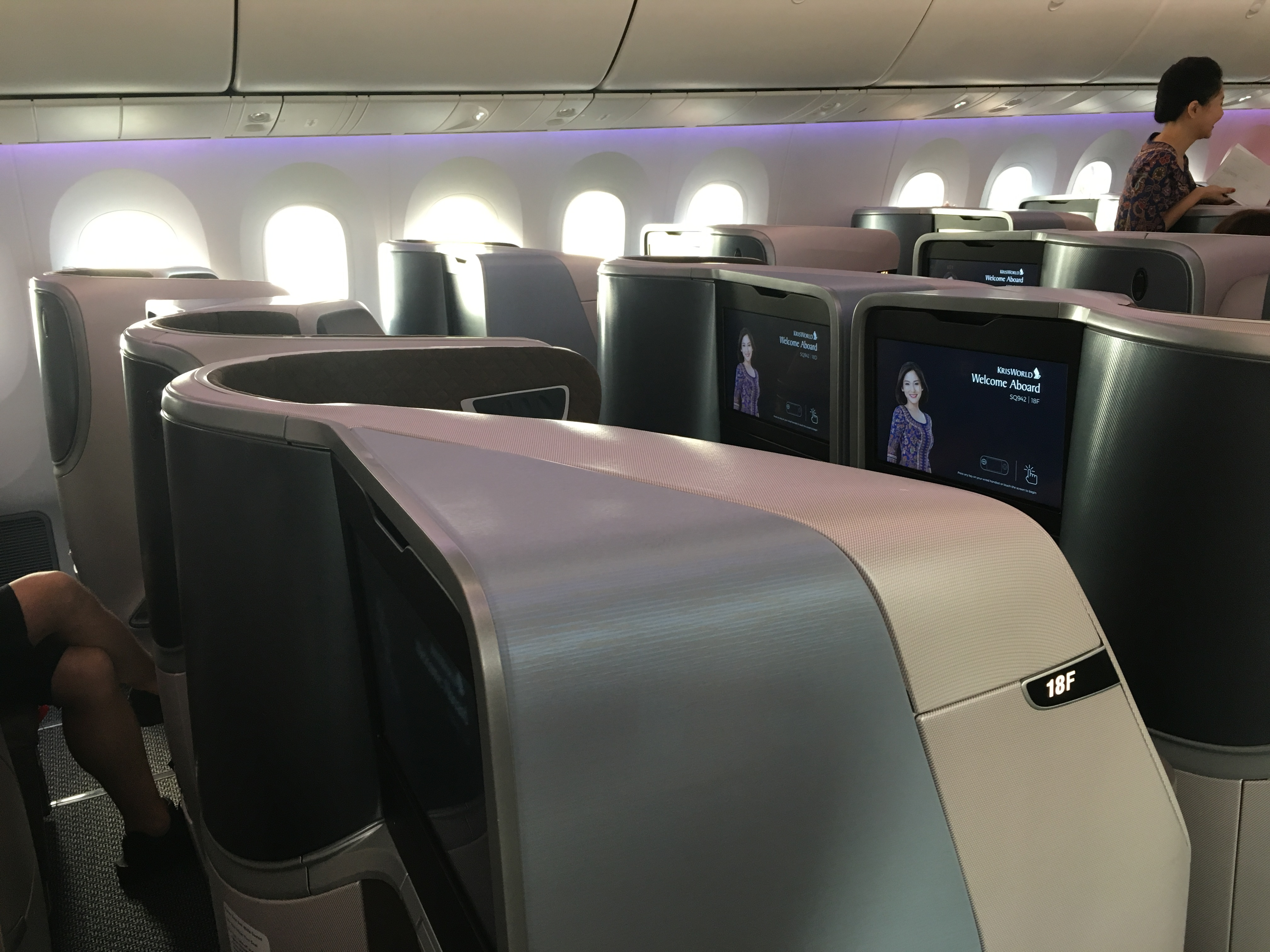 Business Class Review : SQ942(SIN – DPS) Boeing B787-10