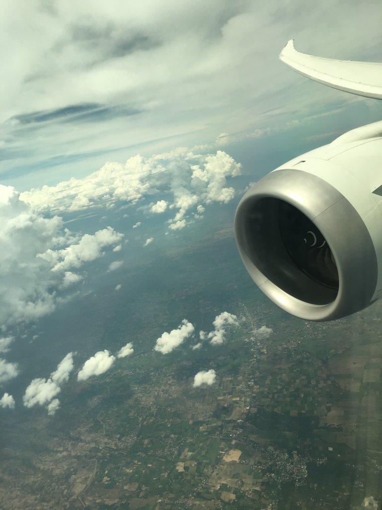 タイ国際航空(TG)・シンガポール航空(SQ)のビジネスクラスに乗ってお得にバリ島へ行くにはどのマイレージプログラムで特典航空券予約をするべきか?
