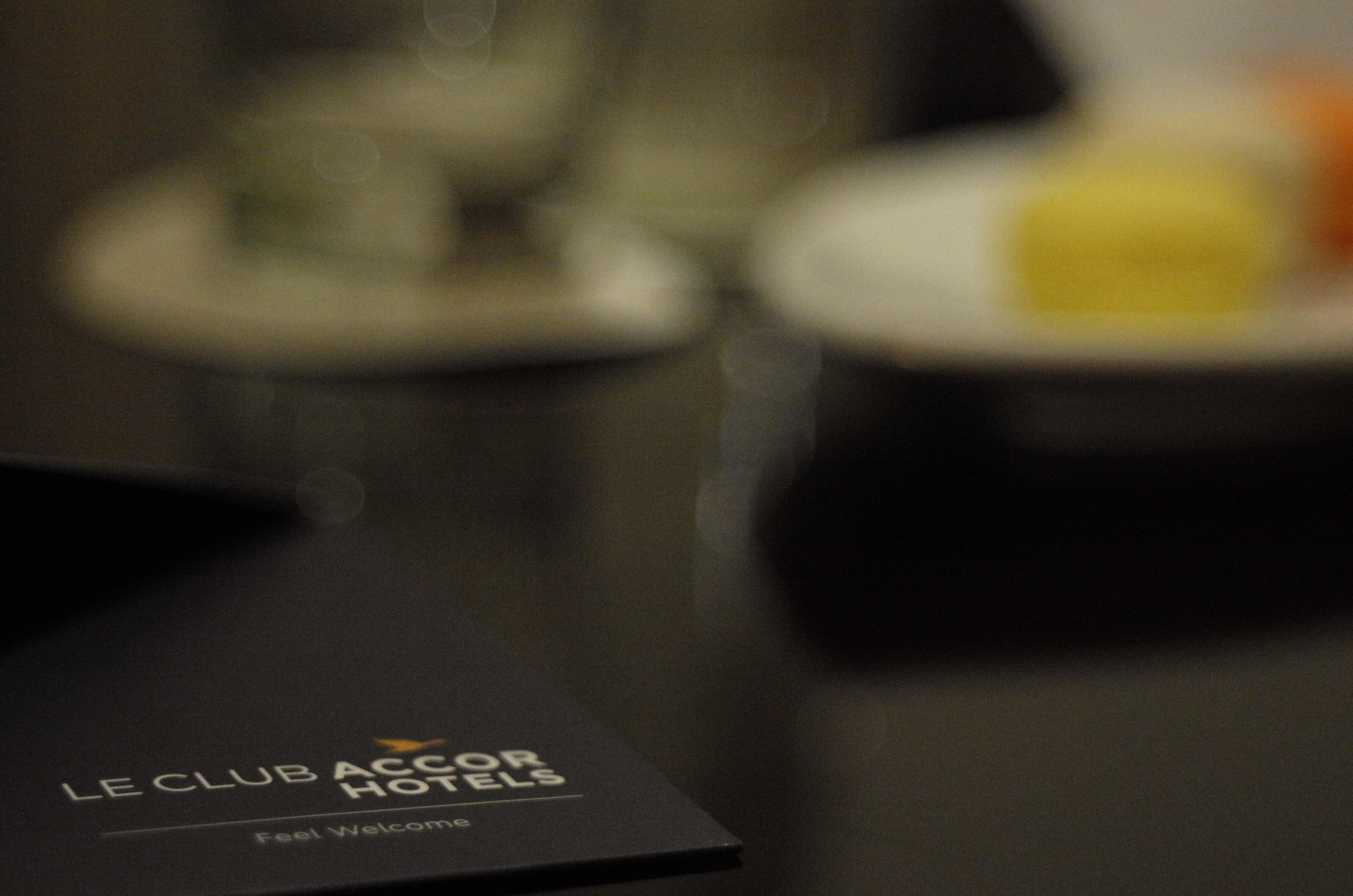 Lounge Review : 香港空港(HKG)キャセイパシフィック(CX) アライバルラウンジ「The Arrival」