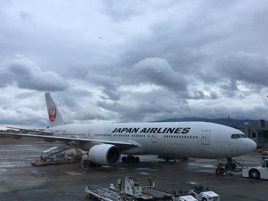 日本航空(JL) ボーイング B777 ファーストクラス JL118(伊丹(ITM) – 羽田(HND))のWifiスピードチェック