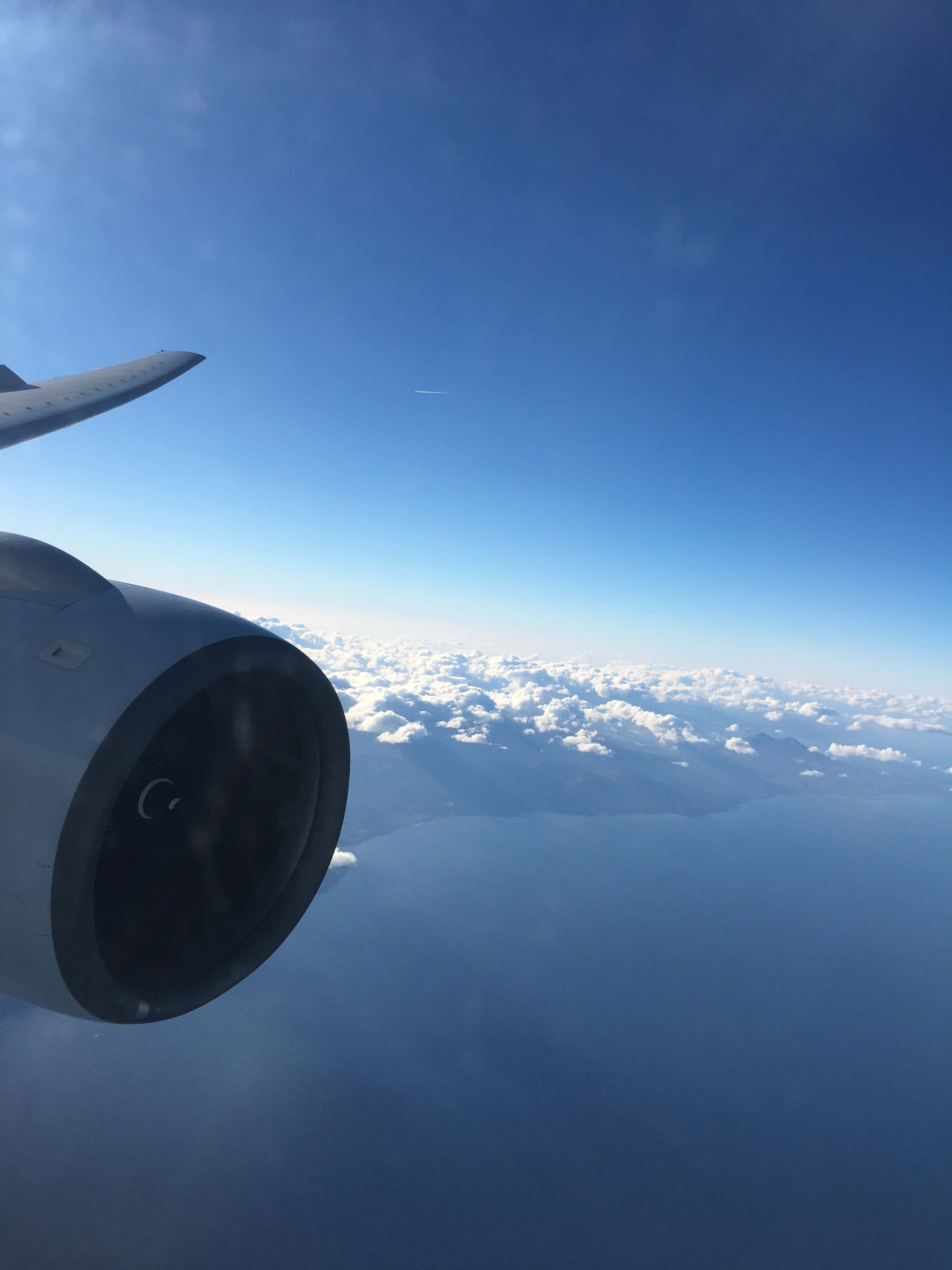 Business Class Review : CX580(HKG – CTS)