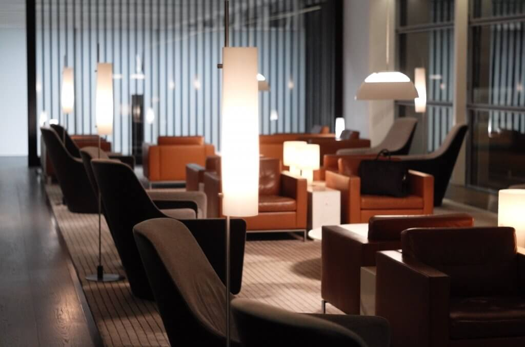 Lounge Review : 香港空港(HKG) キャセイパシフィック航空(CX)ラウンジ「the Bridge」