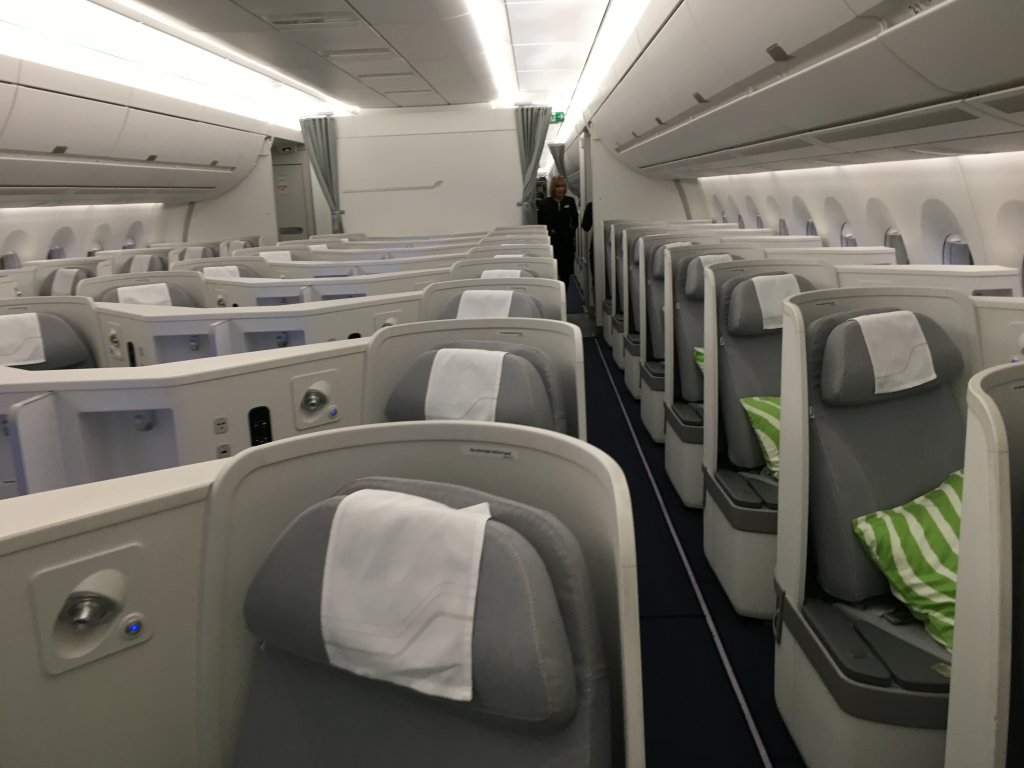 Business Class Review : フィンエアー(AY) AY73 ヘルシンキ(HEL) – 成田(NRT) Airbus A350-900