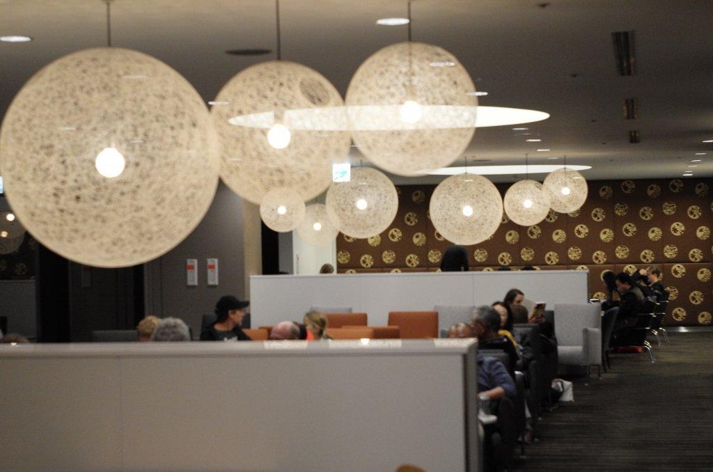 Lounge Review : 成田空港(NRT) カンタス航空(QF)ラウンジ 「The Qantas Club」