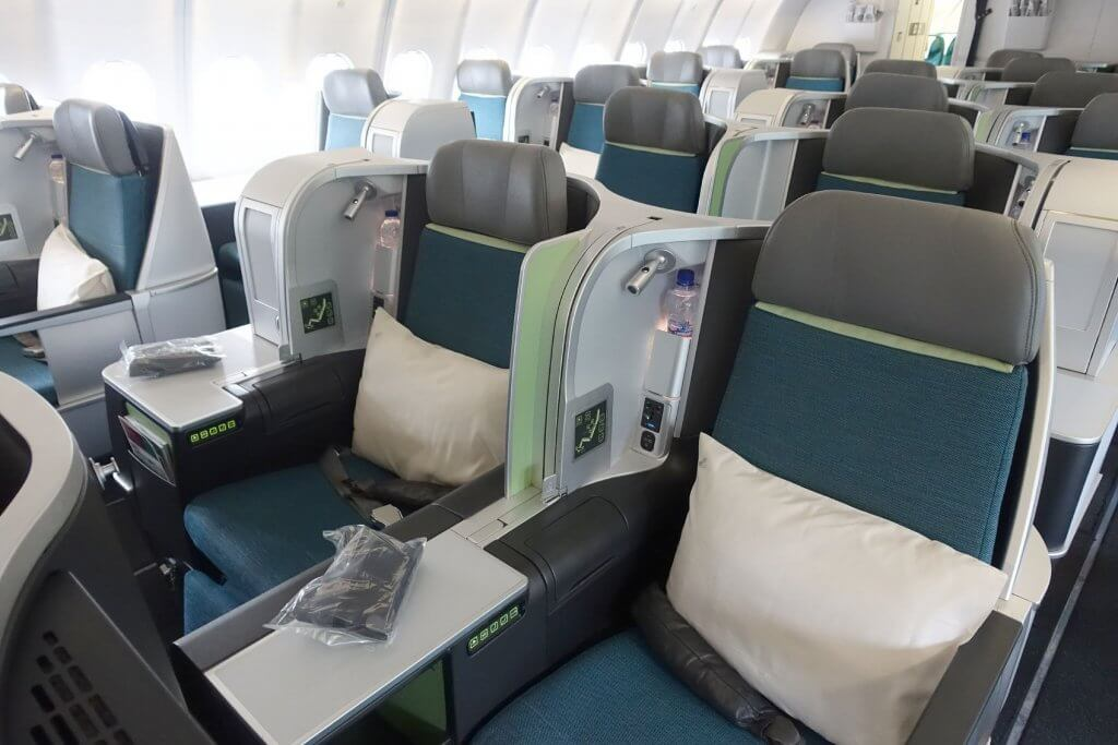 エアリンガス(EI)がヨーロッパ内のフライトにフラットになるビジネスクラスシートを導入