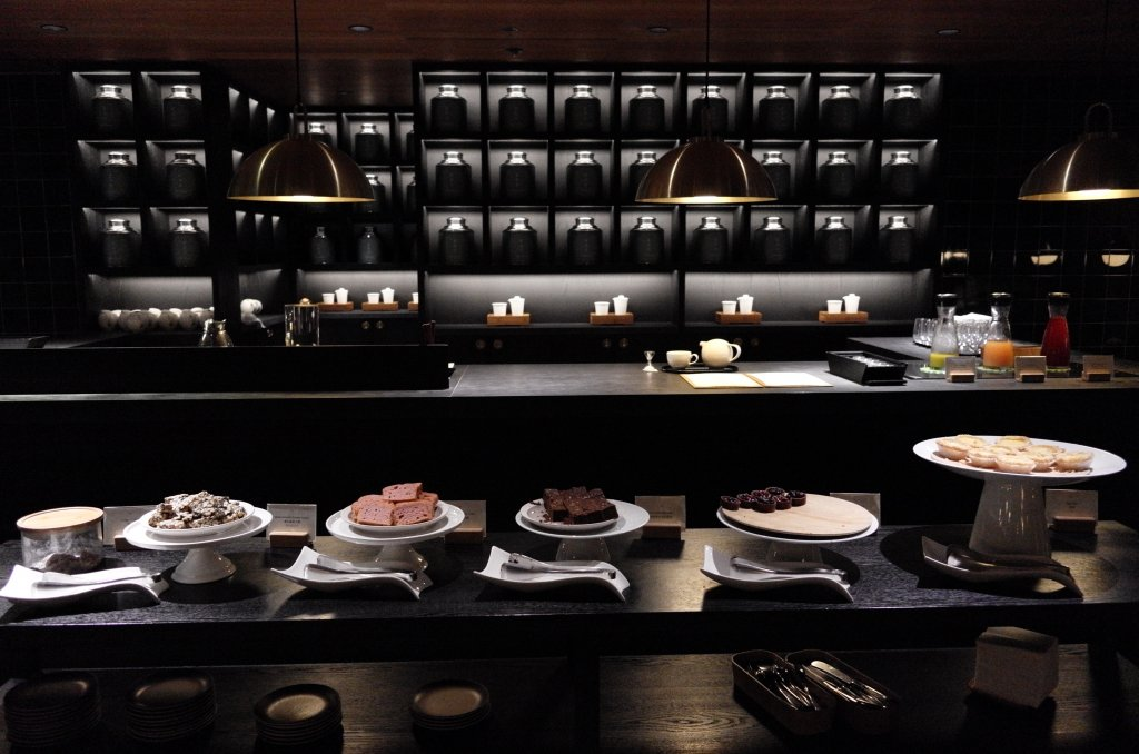 Lounge Review : 香港空港(HKG) キャセイパシフィック航空(CX)ラウンジ「the Pier」(ビジネスクラス)