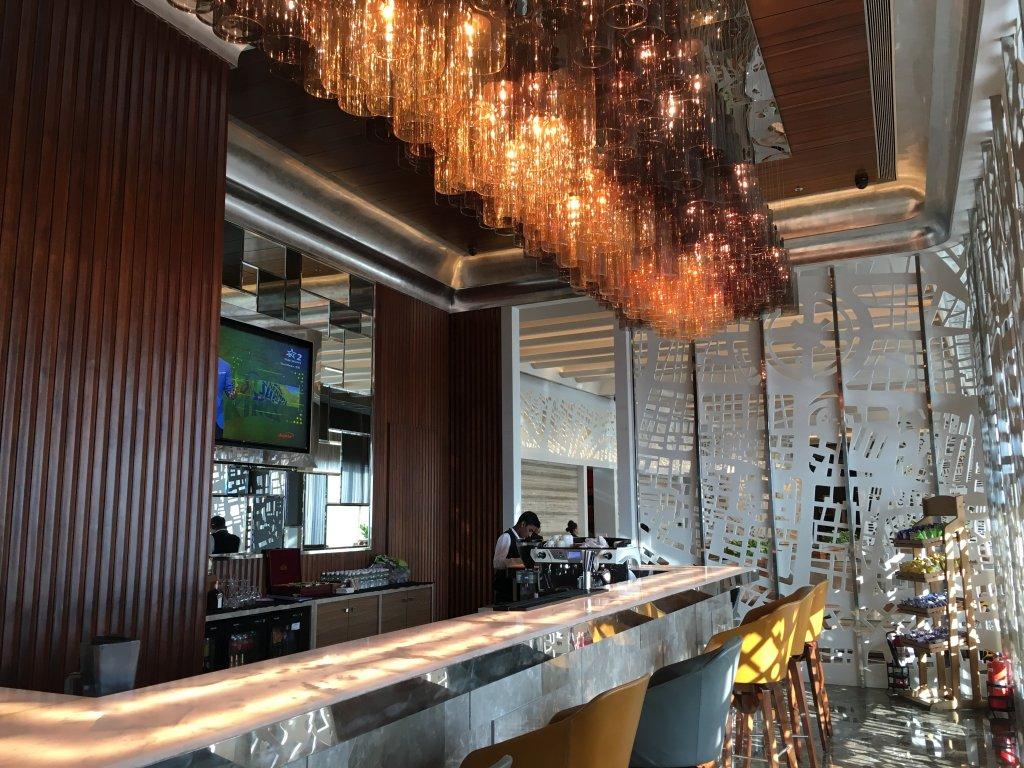 Lounge Review : ムンバイ空港(BOM) GVKラウンジ(East)
