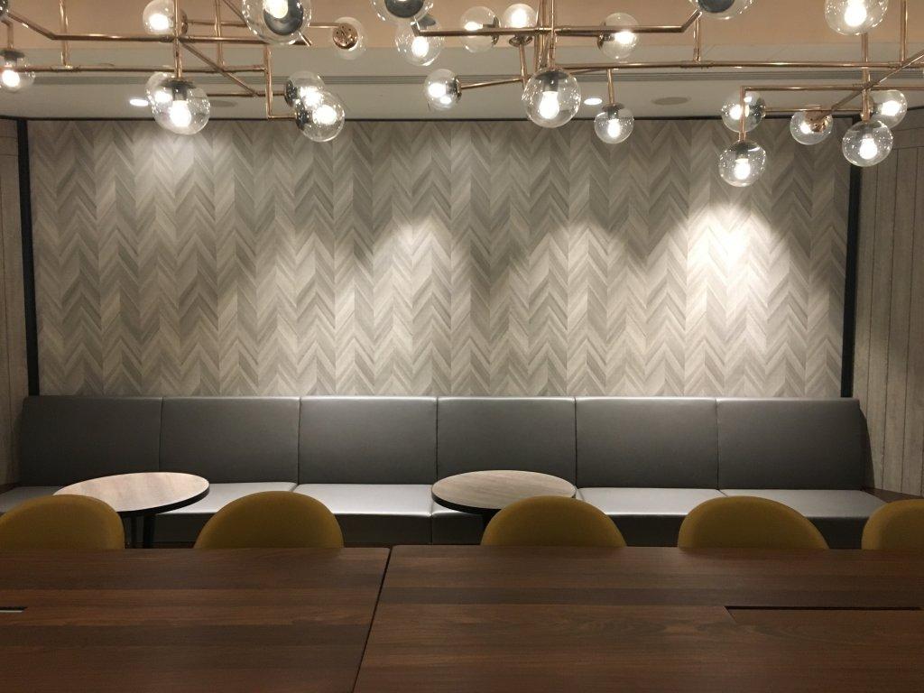 Lounge Review : ロンドンヒースロー空港(LHR) ターミナル4 プラザプレミアムラウンジ (Plaza Premium Lounge) アライバルラウンジ
