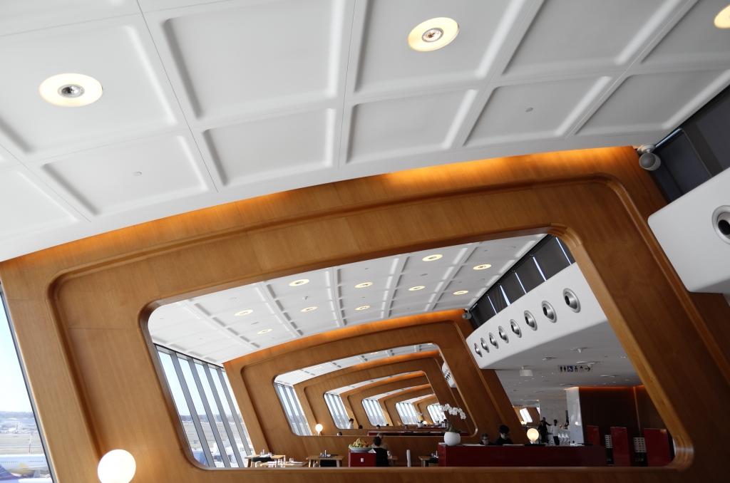 Lounge Review : シドニー空港(SYD) カンタス航空(QF) 国際線 ファーストクラスラウンジ(First Class Lounge)