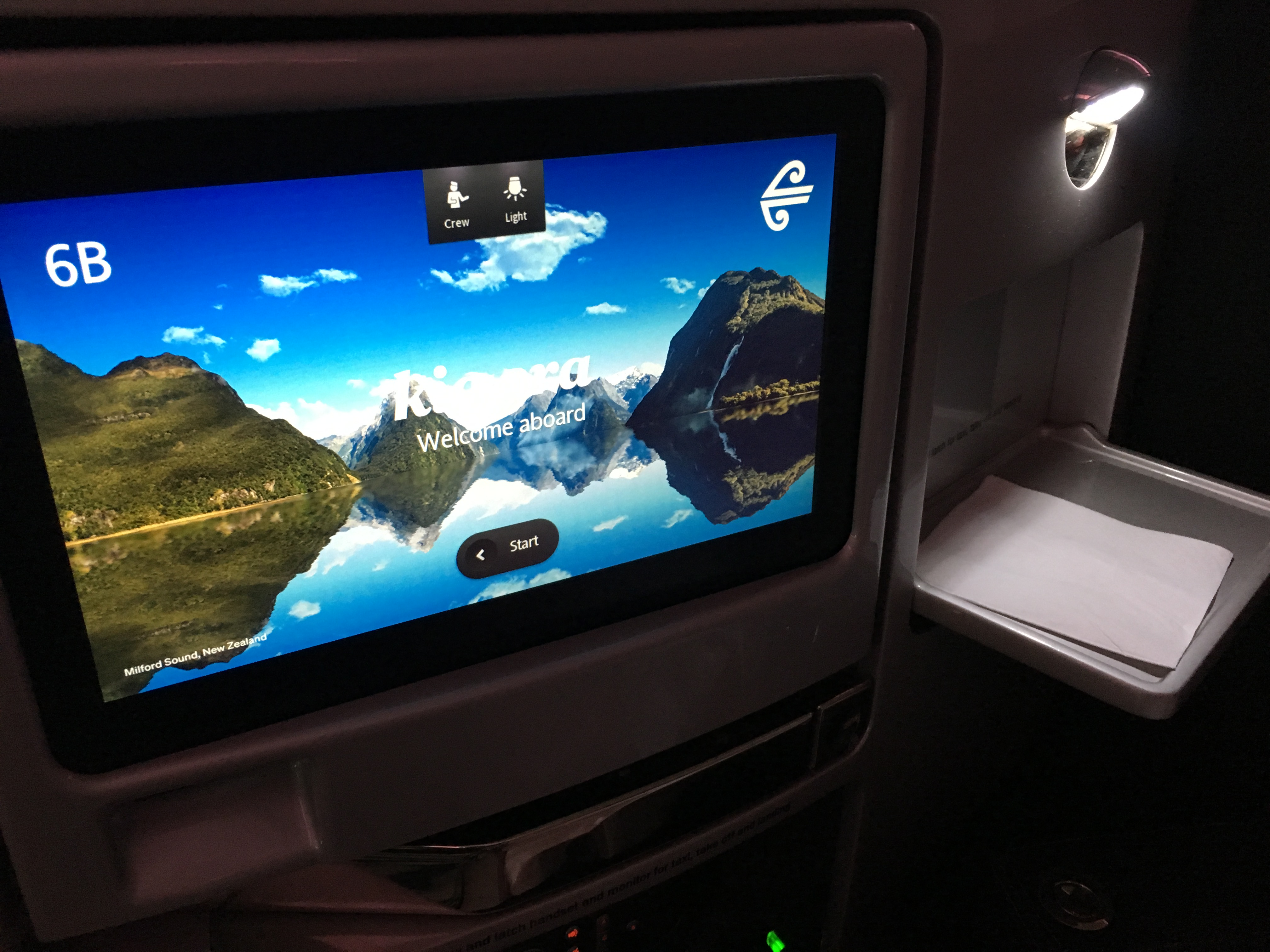 Business Class Review :  ニュージーランド航空(NZ) NZ125 オークランド(AKL) – メルボルン(MEL)