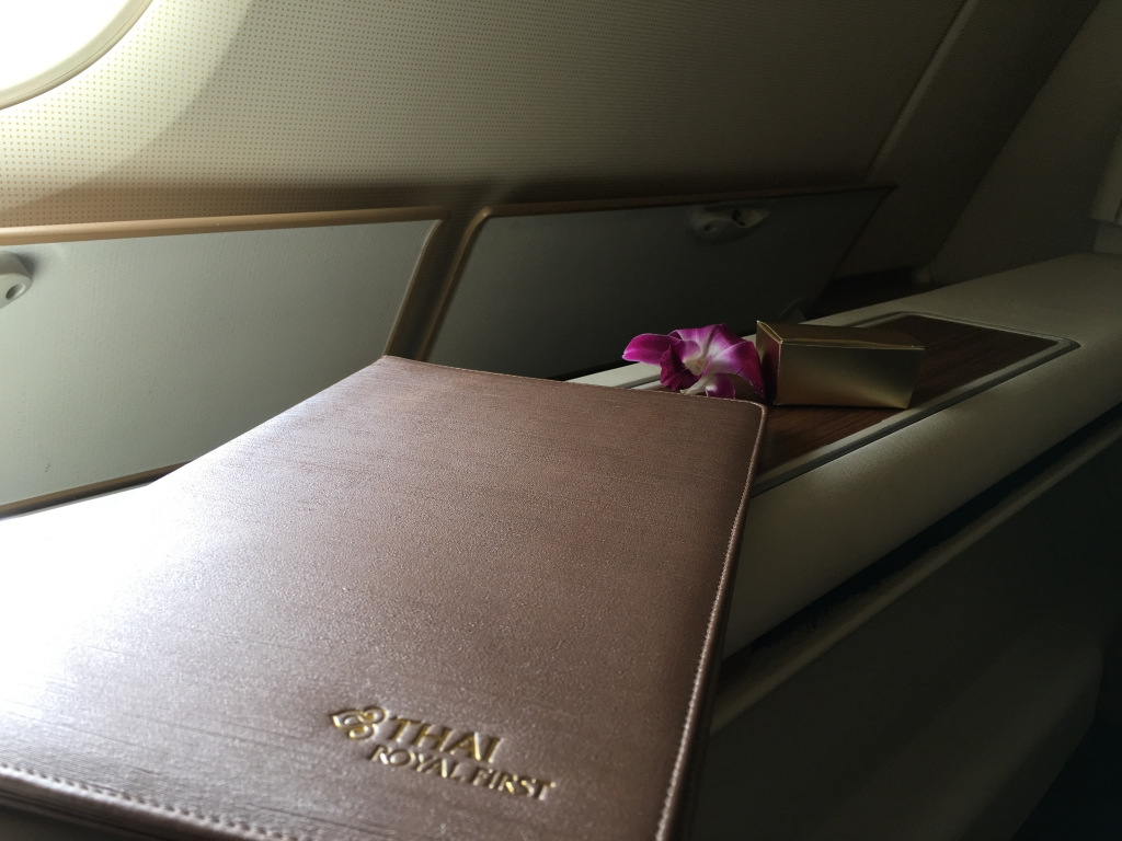 First Class Review : タイ国際航空(TG) TG921 フランクフルト(FRA) – バンコク(BKK) エアバス A380