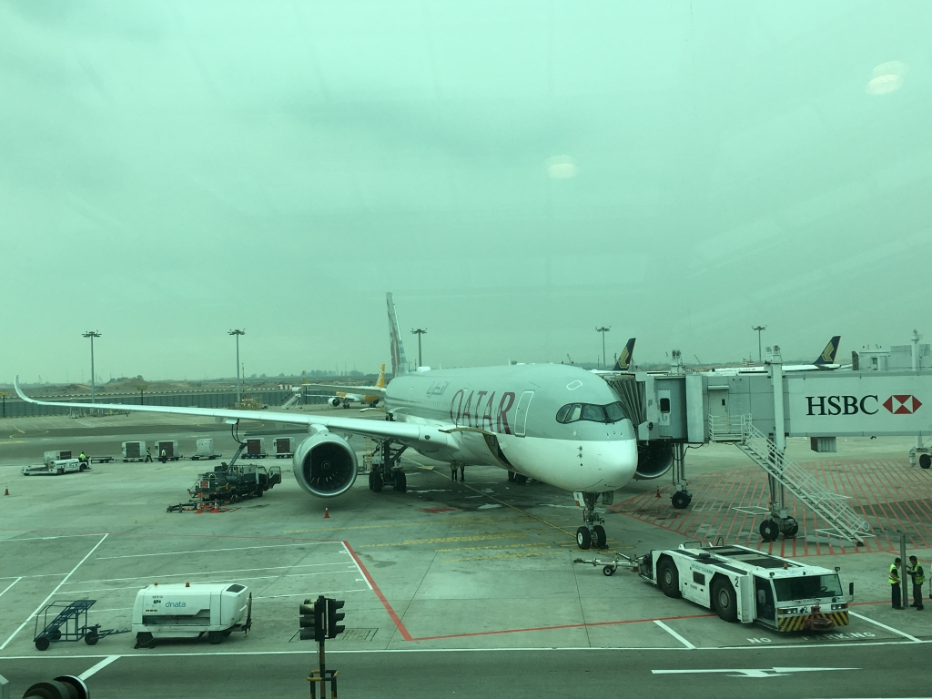 Business Class Review : カタール航空(QR) QR943 シンガポール(SIN) – ドーハ(DOH) エアバス A350-900 QSuite