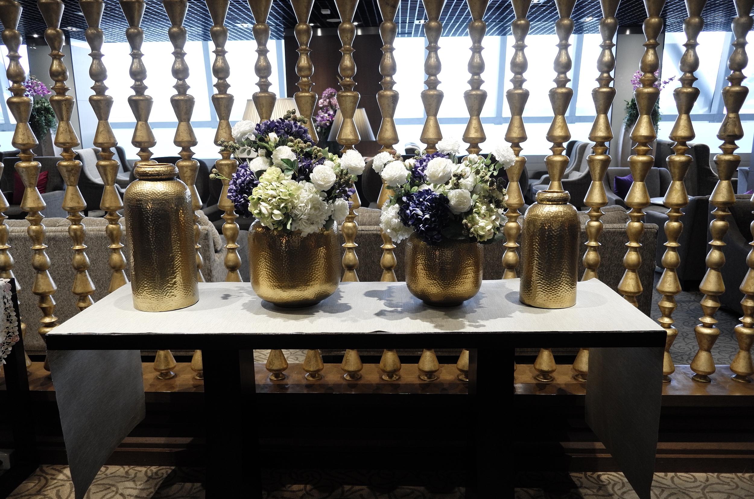 Lounge Review : バンコク・スワンナプーム空港(BKK) タイ国際航空(TG) ロイヤルファーストラウンジ(Royal First Lounge)