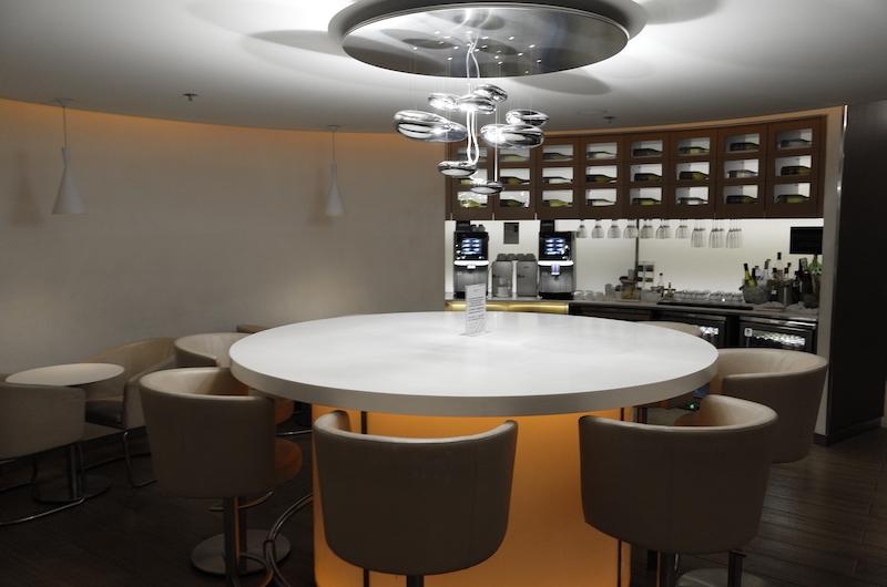 Lounge Review : 香港空港(HKG) スカイチームラウンジ(Skyteam Lounge)