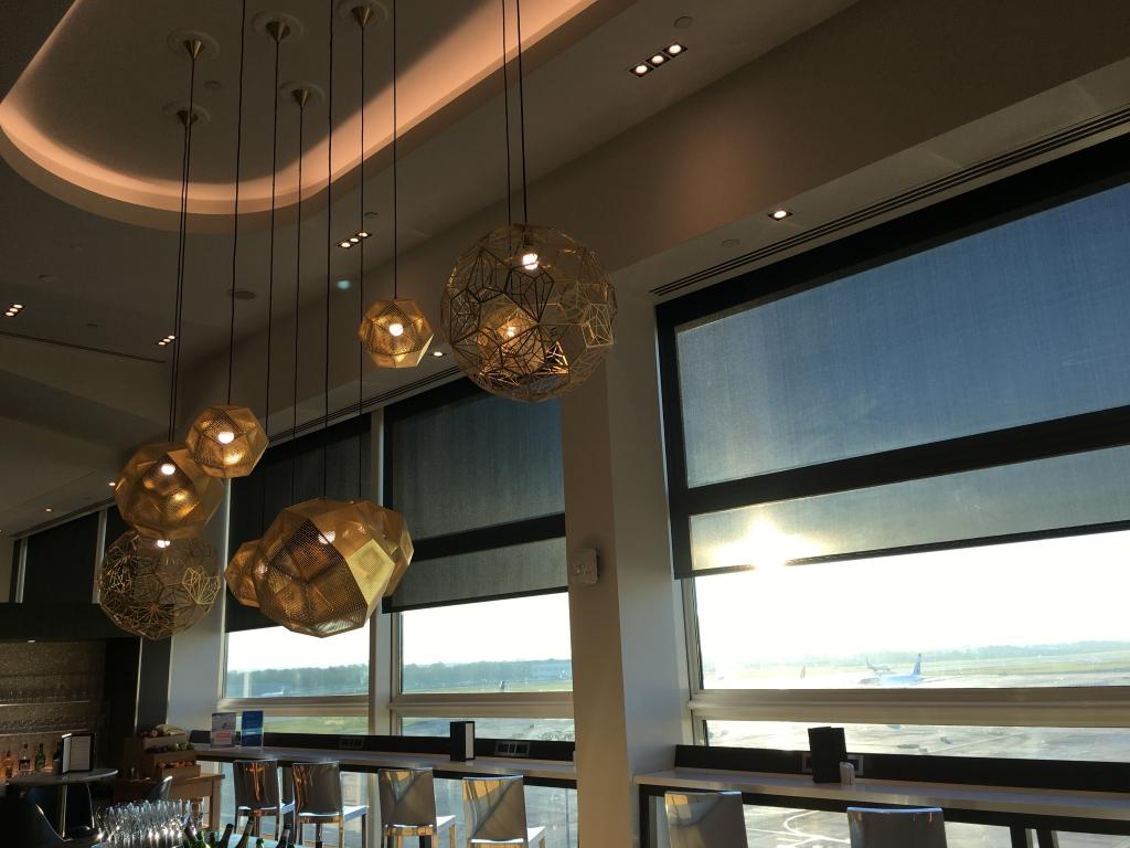 Lounge Review : ロンドンガトウィック(LGW) 南ターミナル ブリティッシュ・エアウェイズ(BA) ファーストラウンジ(First Lounge)