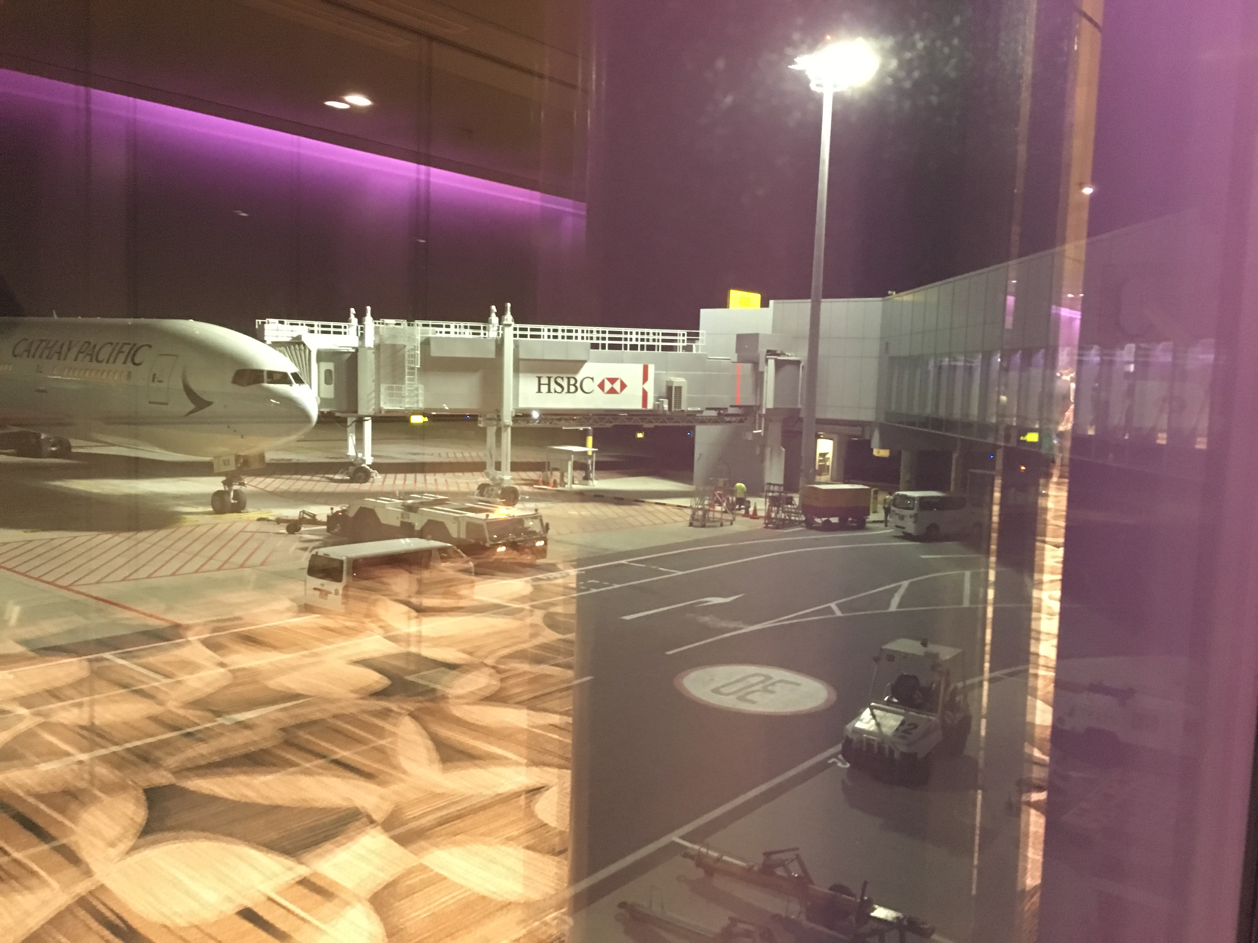 Business Class Review : キャセイパシフィック航空(CX) CX714 シンガポール(SIN) – 香港(HKG)