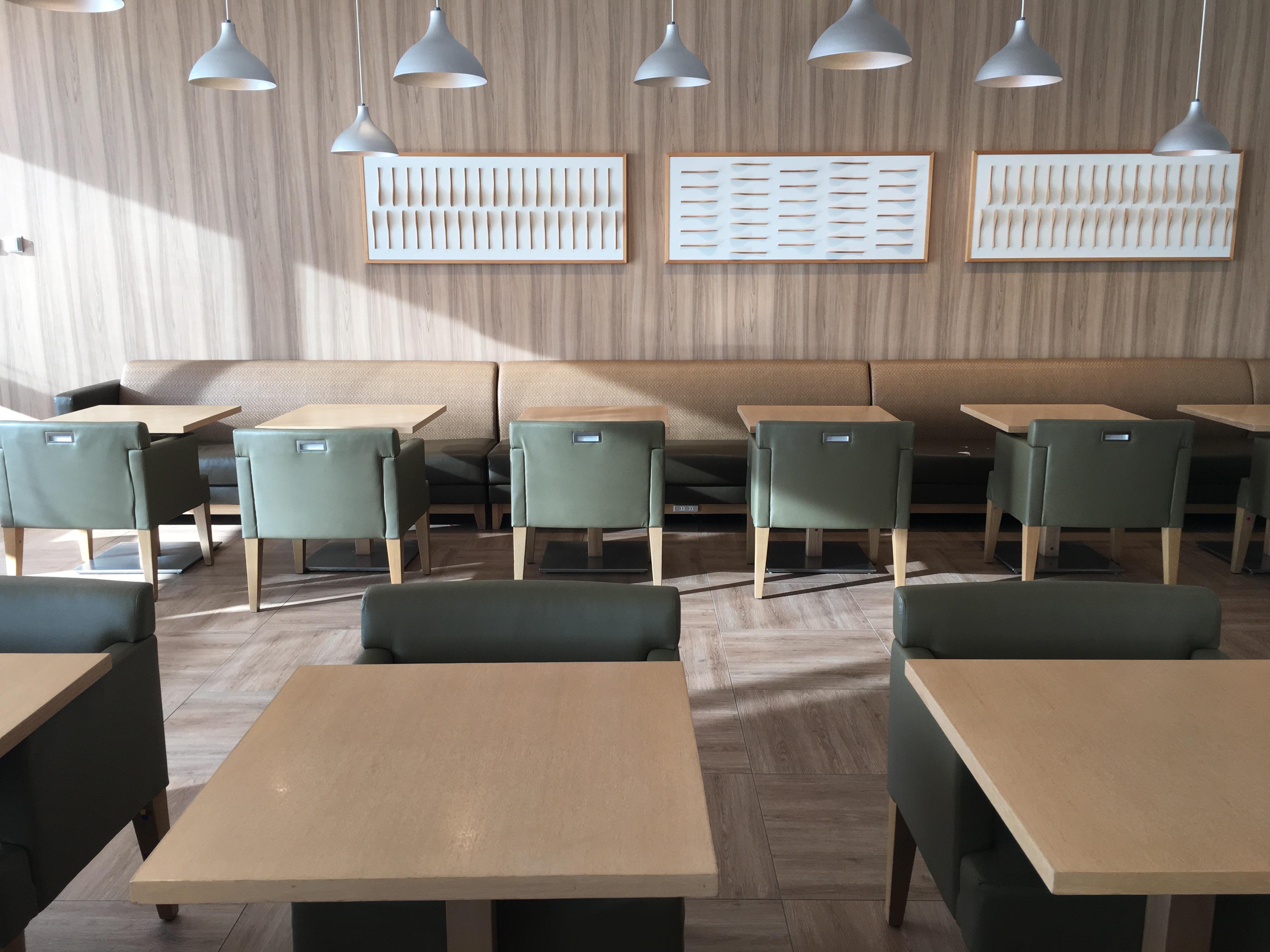 Lounge Review : 羽田空港(HND) JAL(JL) 国際線 サクララウンジ スカイビュー(Sakura Lounge Skyview)