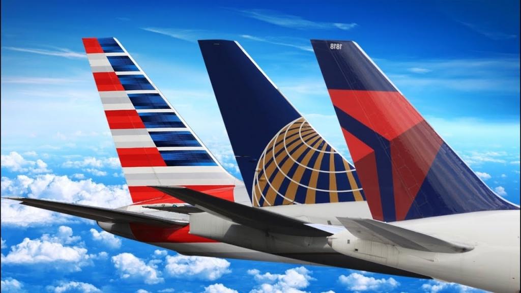 アメリカン航空(AA)、デルタ航空(DL)、ユナイテッド航空(UA)の中で最も優れたマイレージプログラムはどれか?