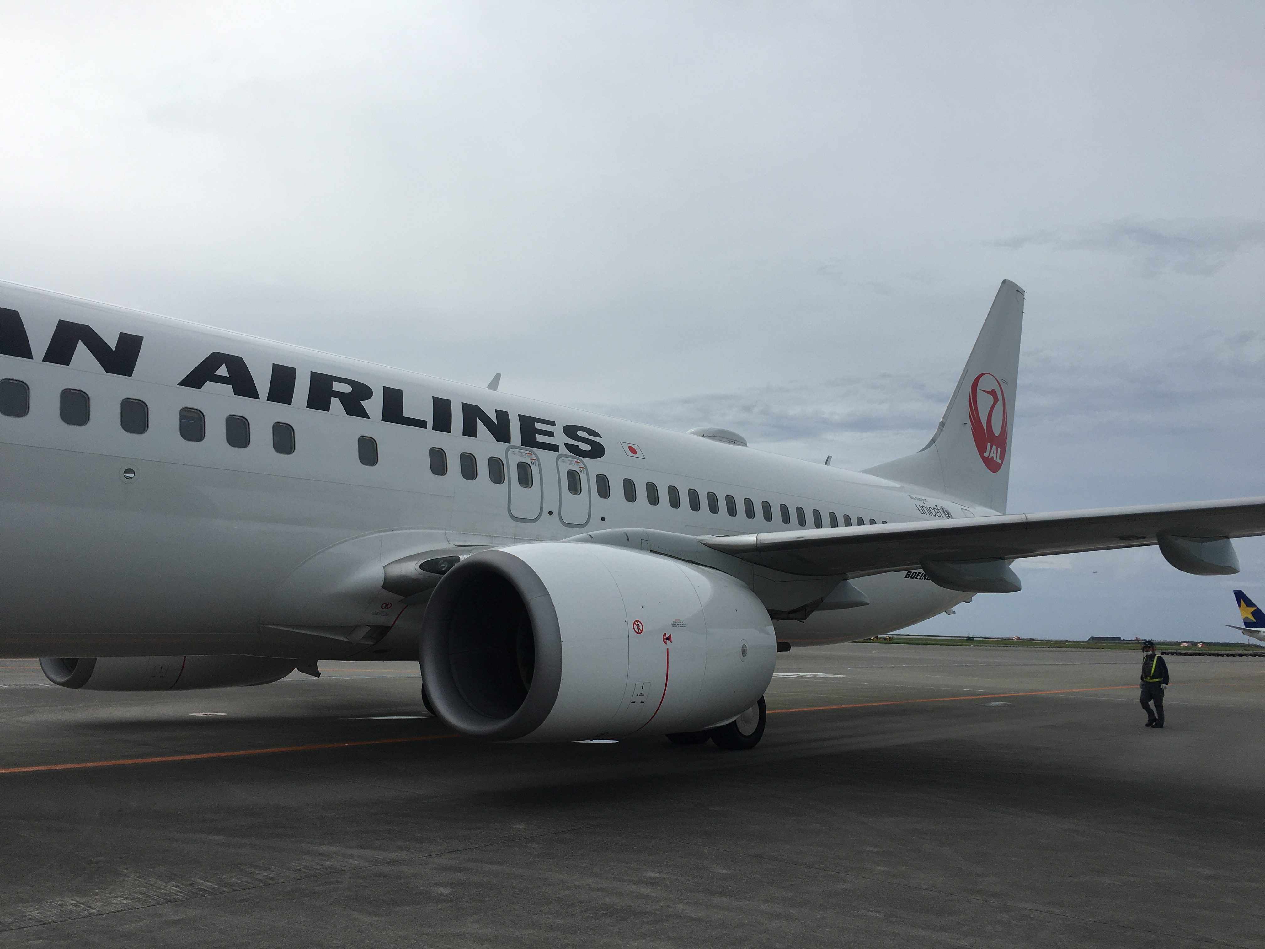 日本航空(JL) JL996(那覇(OKA) – 羽田(HND))のWiFiスピードチェック