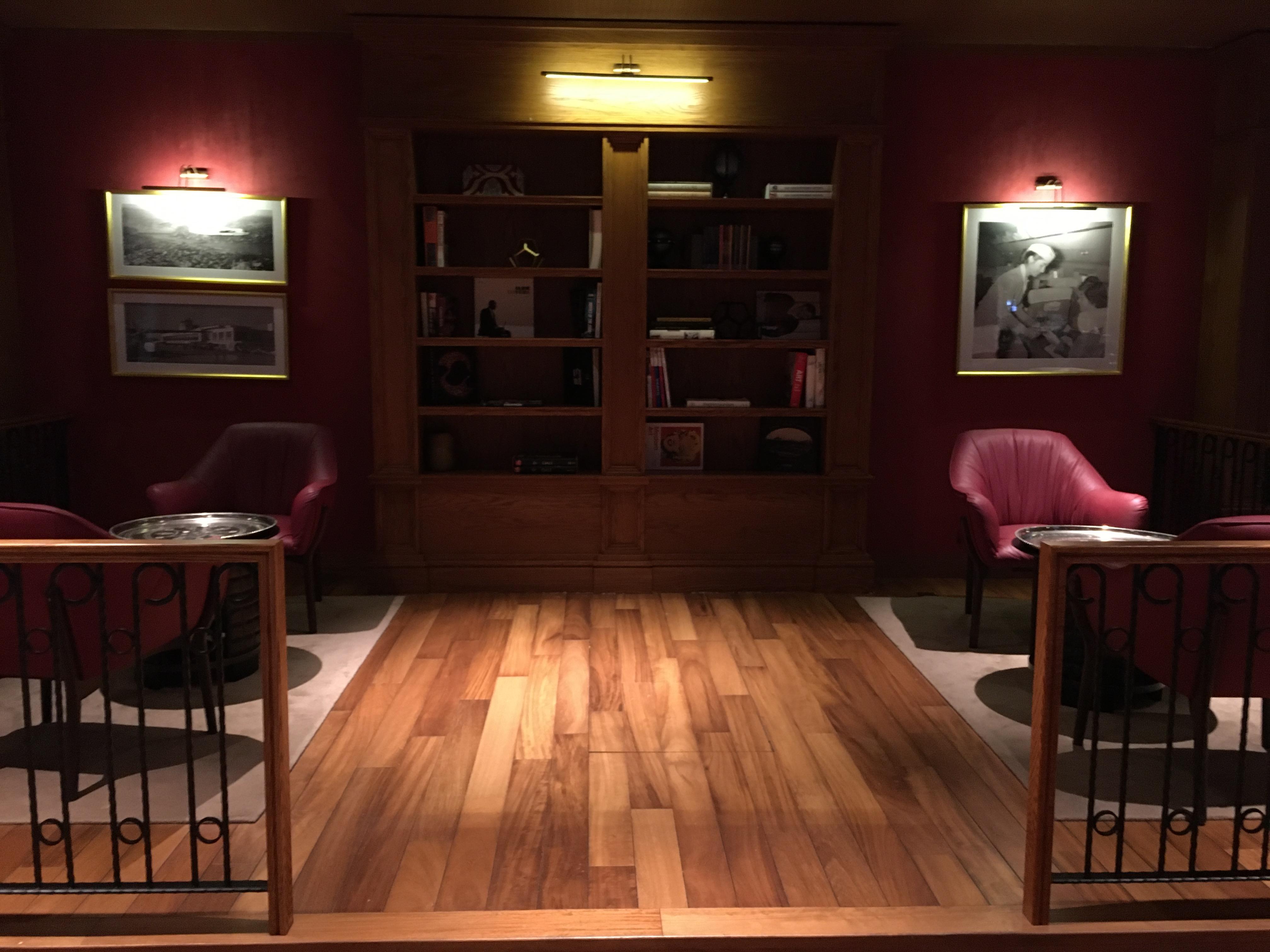 Lounge Review : イスタンブール空港(IST) ターキッシュエアラインズ(TK) Miles & Smiles Lounge