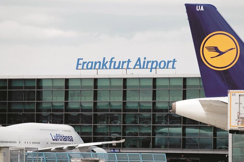 フランクフルト空港(FRA)でのPCR検査が可能に。PCR検査費用はクレジットカードの保険対象となるのか