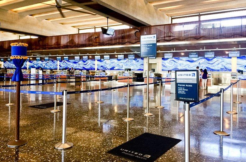 ハワイの観光客受け入れ本格再開が更に延期・・・。