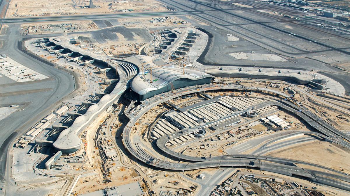 アブダビ空港(AUH)の(不必要な)新しいターミナルはいつオープンするのか