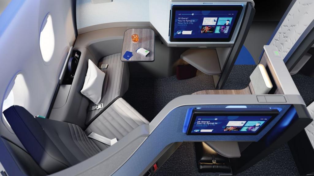 ジェットブルー航空(B6)の新しいビジネスクラスシート。全日空(NH)や日本航空(JL)の国内線への導入可能性は?