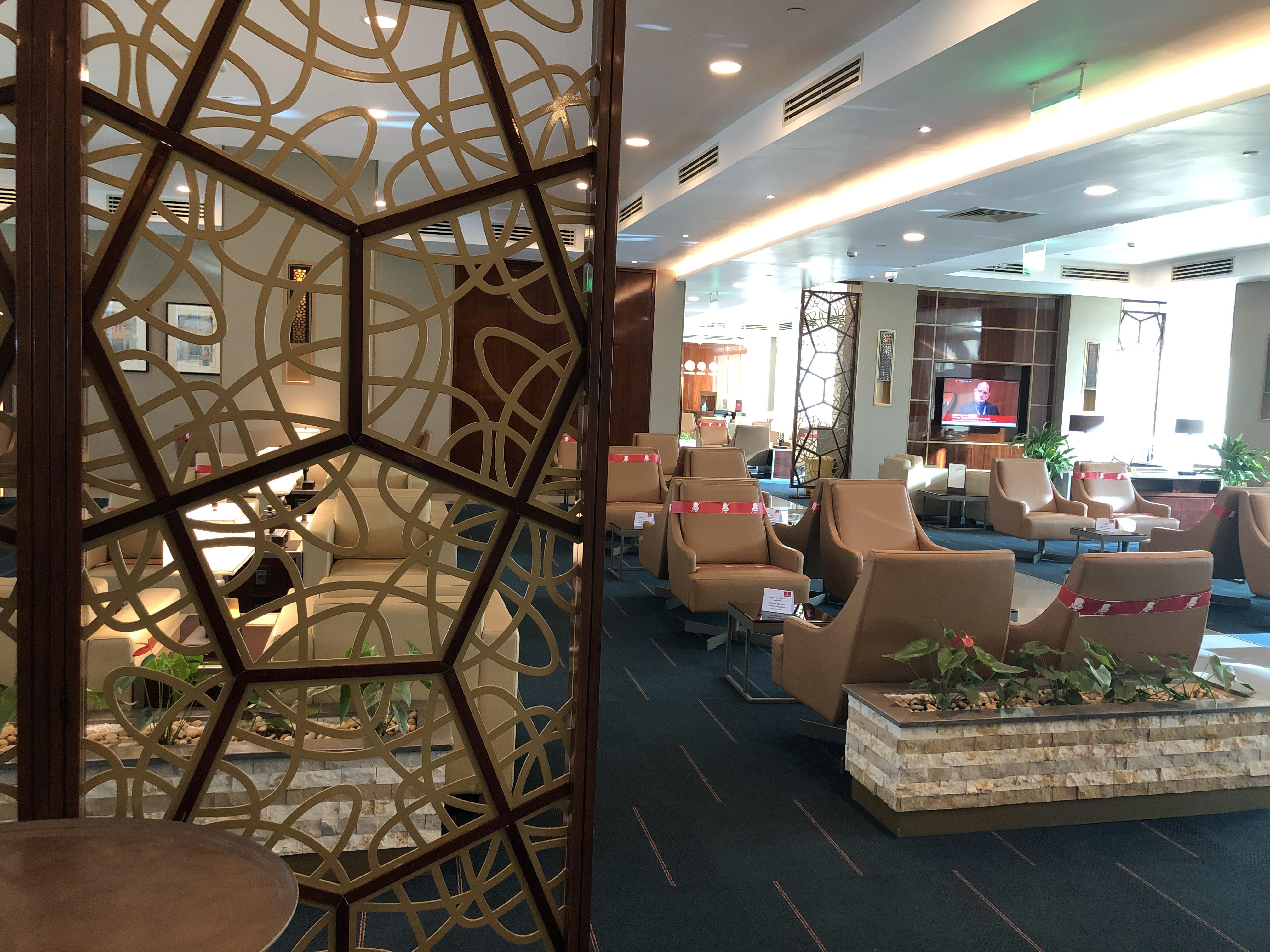 Lounge Review : カイロ空港(CAI)ターミナル2 エミレーツ航空(EK)ラウンジ