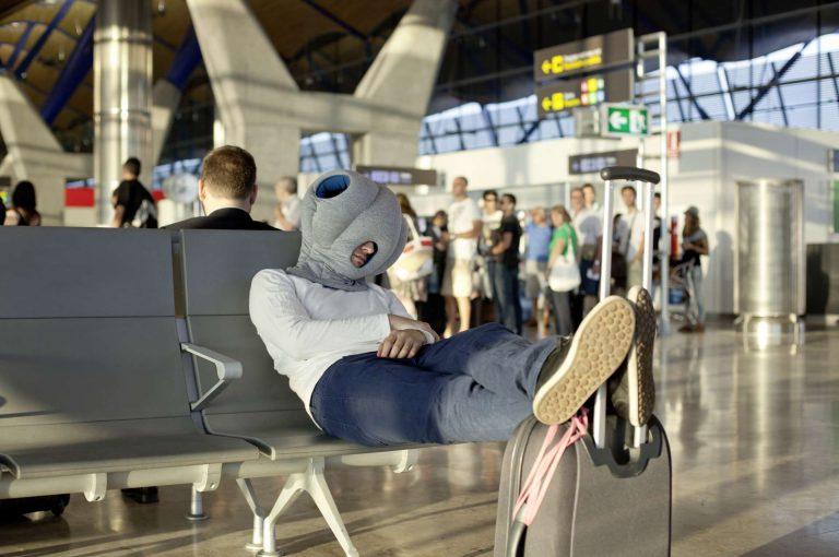 空港泊に備えて持っておくべきアイテム6選