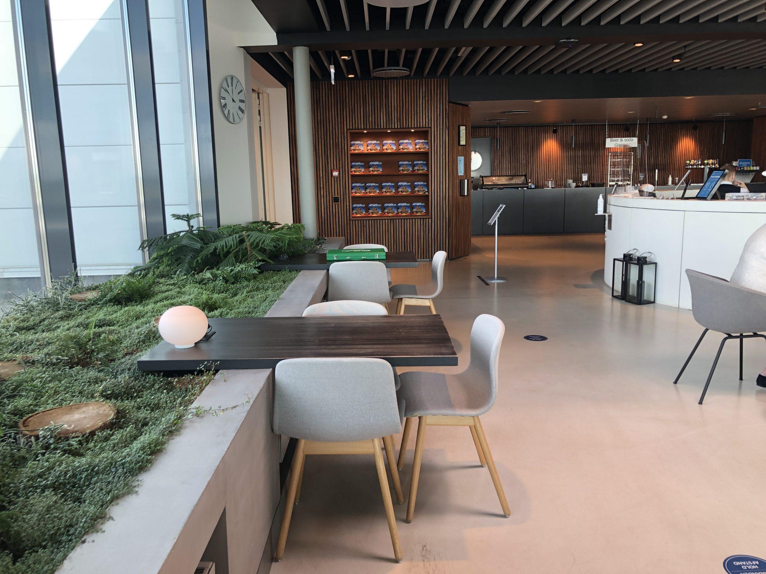 Lounge Review : コペンハーゲン空港(CPH) Eventyr Lounge